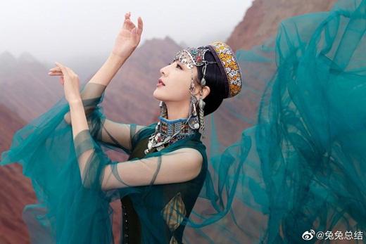 """Top mỹ nhân cổ trang Hoa ngữ: Đồng Lệ Á - Người đẹp Tân Cương duy nhất khiến công chúng biết thế nào là """"phong hoa tuyệt đại"""" - Ảnh 15"""