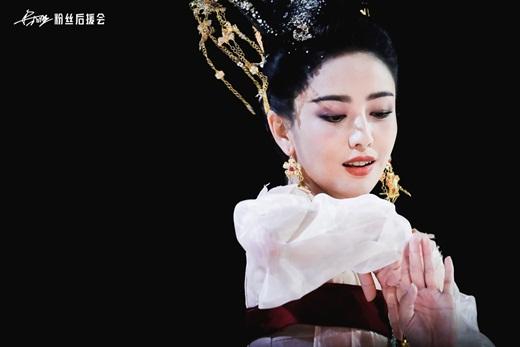 """Top mỹ nhân cổ trang Hoa ngữ: Đồng Lệ Á - Người đẹp Tân Cương duy nhất khiến công chúng biết thế nào là """"phong hoa tuyệt đại"""" - Ảnh 5"""