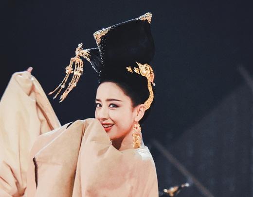 """Top mỹ nhân cổ trang Hoa ngữ: Đồng Lệ Á - Người đẹp Tân Cương duy nhất khiến công chúng biết thế nào là """"phong hoa tuyệt đại"""" - Ảnh 3"""