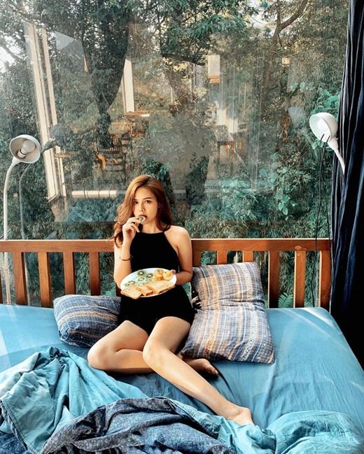 """Phanh Lee khoe thiệp cưới """"kịp deadline"""" lấy chồng năm 30 tuổi sau màn cầu hôn siêu đặc biệt - Ảnh 9"""