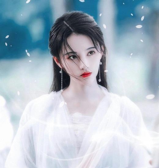 """Top mỹ nhân cổ trang Hoa ngữ: Cúc Tịnh Y - """"Mỹ nữ 4000 có một"""" khiến khán giả thấm thế nào là """"nhất tiếu khuynh thành"""" - Ảnh 1"""