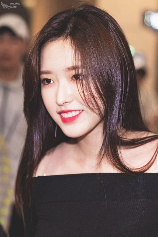 Nữ idol sinh năm 2001 được debut chỉ sau 1 ngày, nhanh nhất lịch sử Kpop - Ảnh 2