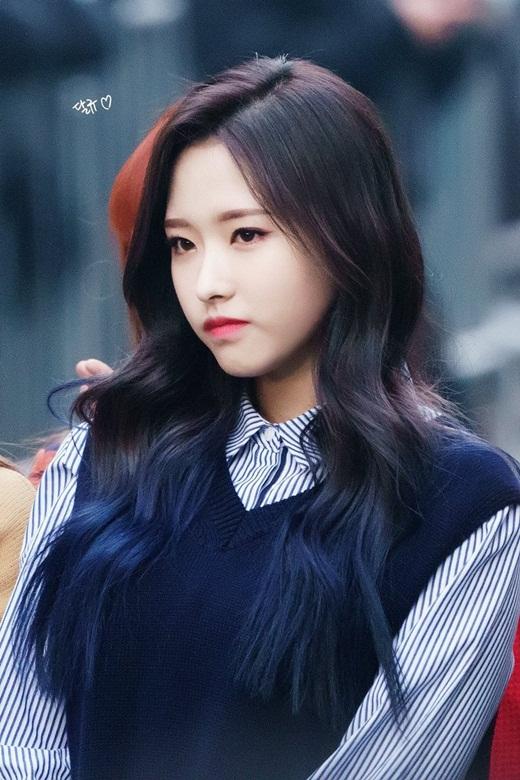 Nữ idol sinh năm 2001 được debut chỉ sau 1 ngày, nhanh nhất lịch sử Kpop - Ảnh 8