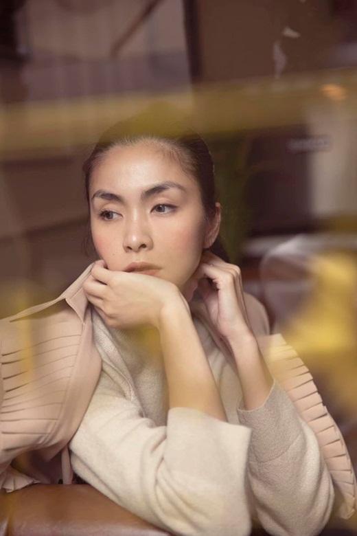 """""""Ở ẩn"""" đã lâu, Tăng Thanh Hà vẫn khoe nhan sắc """"điêu đứng"""" mọi trái tim trên bìa tạp chí - Ảnh 2"""