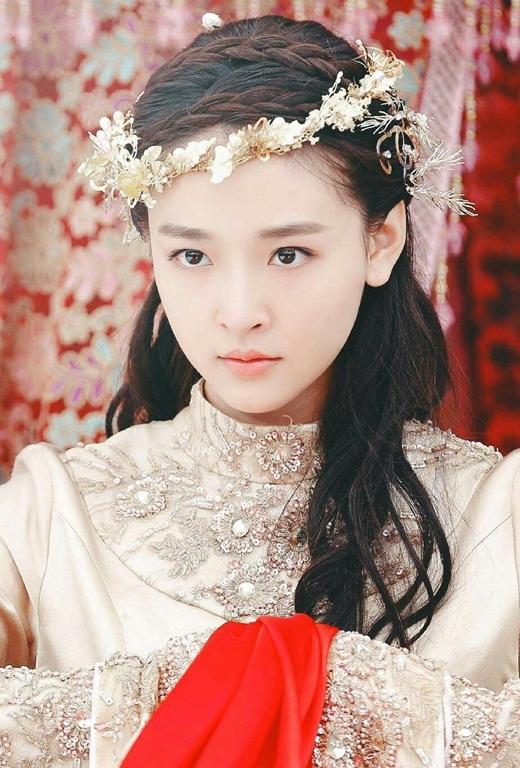 """Top mỹ nhân cổ trang Hoa ngữ: Ngô Thiến - Tiểu tinh linh """"hồn nhiên thiên thành"""", diễn với ai cũng tình như mật ngọt - Ảnh 5"""