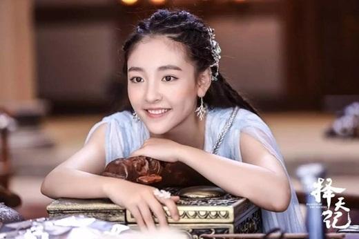 """Top mỹ nhân cổ trang Hoa ngữ: Ngô Thiến - Tiểu tinh linh """"hồn nhiên thiên thành"""", diễn với ai cũng tình như mật ngọt - Ảnh 1"""