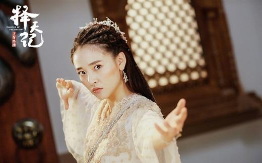 """Top mỹ nhân cổ trang Hoa ngữ: Ngô Thiến - Tiểu tinh linh """"hồn nhiên thiên thành"""", diễn với ai cũng tình như mật ngọt - Ảnh 2"""