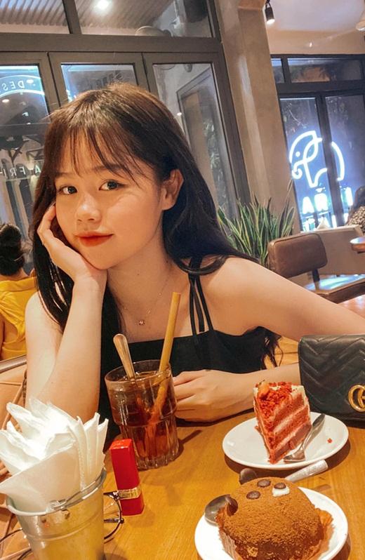 """Bạn gái Quang Hải ngượng nghịu giải thích khi bị """"soi"""" lỗi chính tả cơ bản - Ảnh 1"""