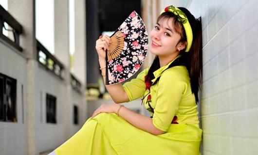 Nữ giảng viên xinh đẹp ĐH Quốc gia TP.HCM làm Đại sứ Hòa bình - Ảnh 1