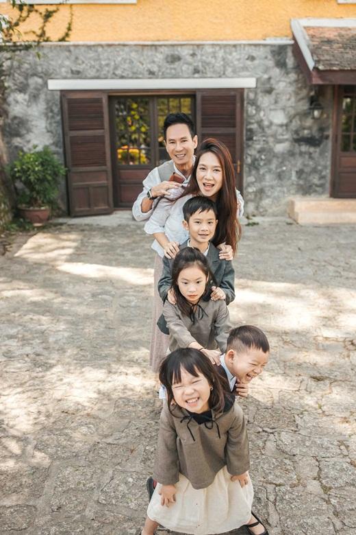 Vợ chồng Lý Hải - Minh Hà khoe ảnh ngọt ngào như ngày mới yêu - Ảnh 4