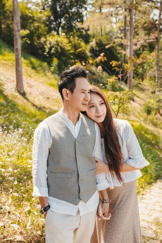 Vợ chồng Lý Hải - Minh Hà khoe ảnh ngọt ngào như ngày mới yêu - Ảnh 5
