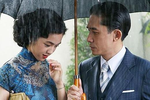 """Bản lĩnh của """"ảnh đế số 1 Hong Kong"""", U50 vẫn khiến cả thế giới sửng sốt với cảnh nóng trong """"Sắc, Giới"""" - Ảnh 3"""