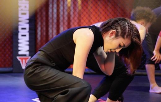 """Thúy Ngân quên đi hình ảnh """"bánh bèo vô dụng"""", nỗ lực thành đả nữ mới của màn ảnh Việt - Ảnh 4"""
