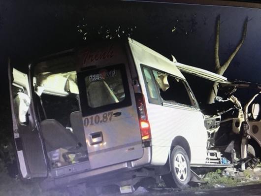 Vụ tai nạn 8 người tử vong ở Bình Thuận: Ai là người lái xe khách 16 chỗ? - Ảnh 1