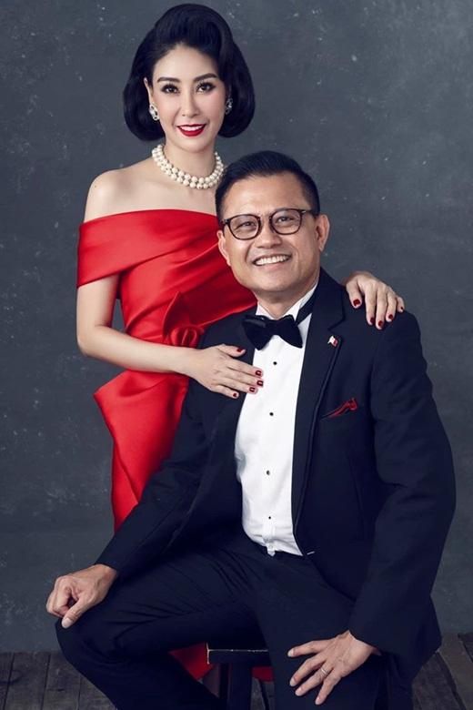 """Hoa hậu Hà Kiều Anh khoe ảnh gia đình quyền quý, sang trọng """"hết phần thiên hạ"""" nhân kỷ niệm 13 năm ngày cưới - Ảnh 4"""