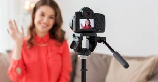 Vlogger ở một nước châu Á sắp phải xin giấy phép mới được đăng video - Ảnh 1