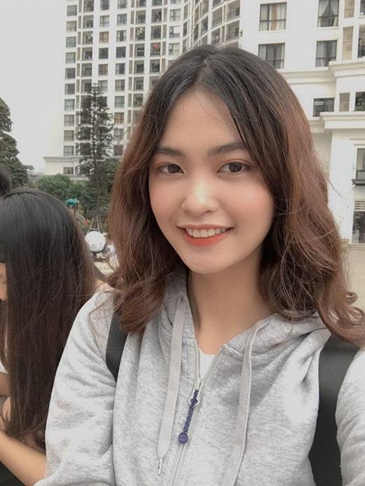 """Thí sinh Hoa hậu Việt Nam 2020 khiến dân tình """"phát cuồng"""" vì vẻ đẹp Tây cực phẩm, thành tích """"con nhà người ta"""" - Ảnh 8"""