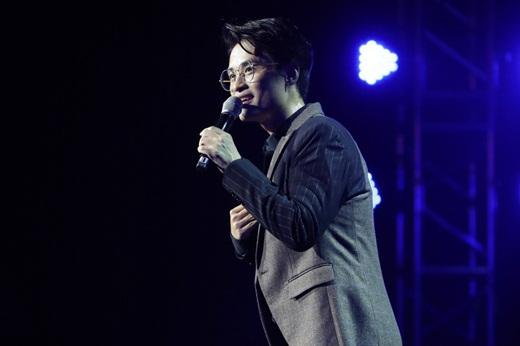 """Cuộc sống kín tiếng của chàng """"hoàng tử"""" ước mơ làm giám đốc, có gia cảnh bề thế bậc nhất showbiz Việt Hà Anh Tuấn - Ảnh 2"""
