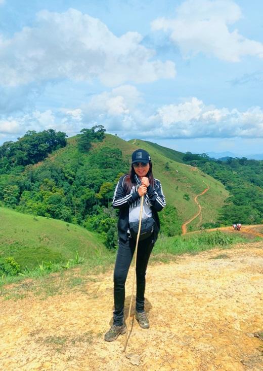 Hoa hậu Hằng Nguyễn chinh phục Tà Năng - Phan Dũng, cung đường trekking đẹp nhất Việt Nam - Ảnh 2