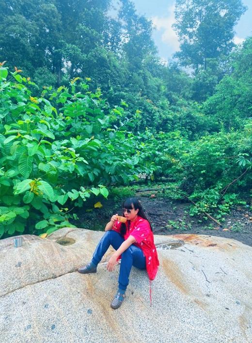 Hoa hậu Hằng Nguyễn chinh phục Tà Năng - Phan Dũng, cung đường trekking đẹp nhất Việt Nam - Ảnh 1