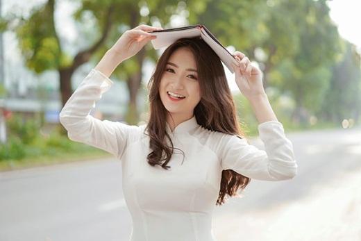 """Thí sinh Hoa hậu Việt Nam 2020 có """"profile không phải dạng vừa"""": Từng làm ở VTV, đóng """"Về nhà đi con"""" - Ảnh 5"""