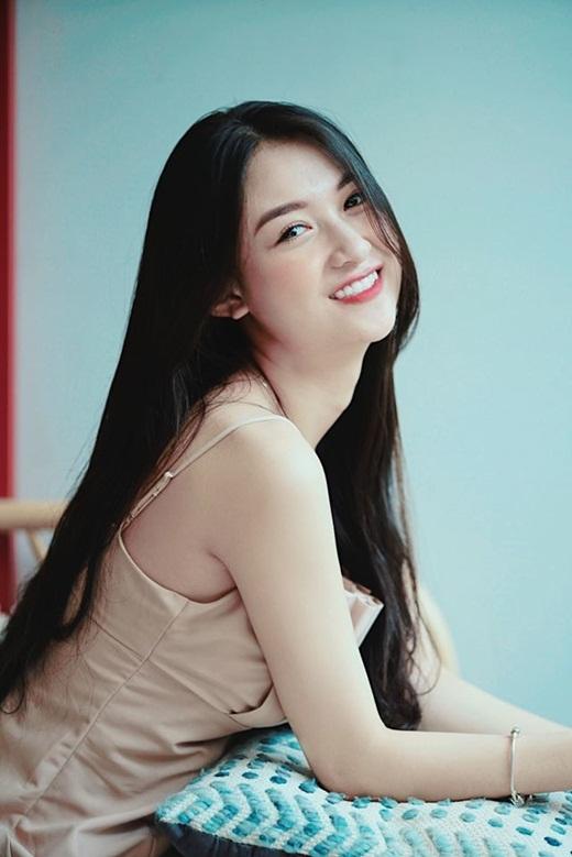 """Thí sinh Hoa hậu Việt Nam 2020 có """"profile không phải dạng vừa"""": Từng làm ở VTV, đóng """"Về nhà đi con"""" - Ảnh 8"""