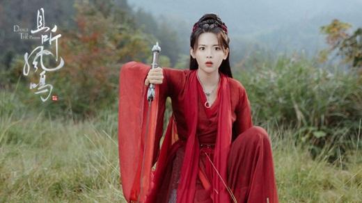 """Dương Siêu Việt """"mắt trợn trừng"""" trong phim mới, dân mạng mỉa mai """"học cùng lớp diễn xuất với Angelababy"""" - Ảnh 1"""