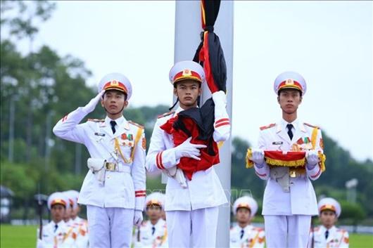 Lễ thượng cờ rủ Quốc tang nguyên Tổng Bí thư Lê Khả Phiêu - Ảnh 4
