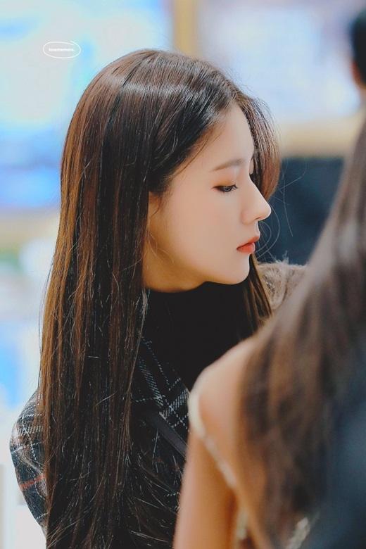 Nhan sắc nữ idol gây chao đảo mạng xã hội những ngày gần đây: Kpop vừa có thêm nữ thần mới - Ảnh 3