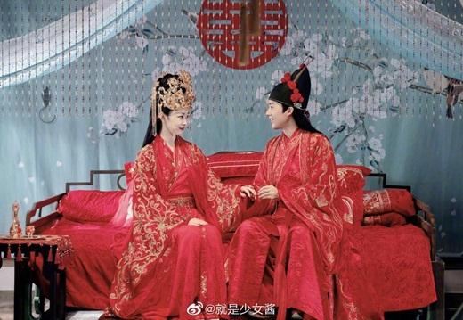 """Loạt ảnh ngọt ngào """"đốn tim"""" fan của các cặp đôi Hoa ngữ nhân ngày Thất Tịch - Ảnh 7"""