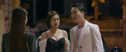 """Tình yêu và tham vọng tập 51: Khán giả phẫn nộ vì nữ chính bị biến thành kẻ """"mặt dày đeo bám"""" - Ảnh 3"""