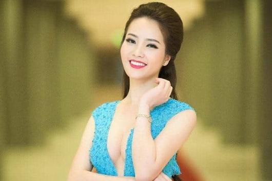 Á hậu Thụy Vân: Từ người đẹp ứng xử hay nhất tới BTV sắc sảo, thông minh trên sóng truyền hình - Ảnh 4
