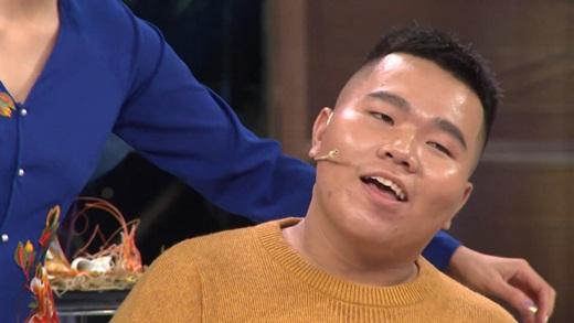 """Lần đầu xuất hiện cảnh Lê Dương Bảo Lâm – Khả Như """"quỳ gối khóc lóc"""" xin tha thứ  - Ảnh 7"""