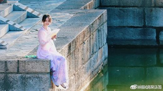 """Bộ ảnh phong cách Hong Kong của Trịnh Sảng gây sốt Weibo, thị phi đến đâu vẫn là """"công chúa hotsearch"""" - Ảnh 7"""