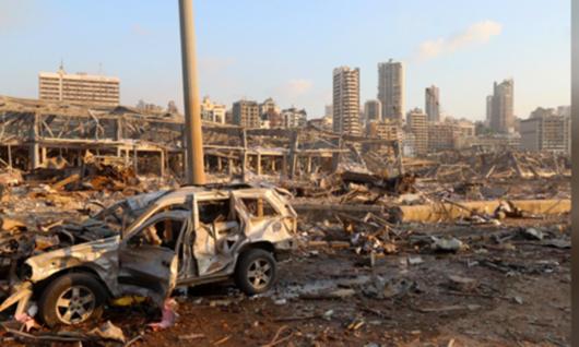 """Hiện trường vụ nổ khủng khiếp """"như bom nguyên tử"""" khiến thủ đô Lebanon chìm trong khói lửa - Ảnh 4"""