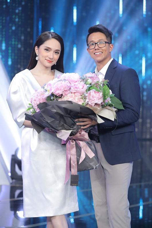 Hé lộ cuộc sống thượng lưu, sang chảnh của CEO người Singapore Matt Liu hẹn hò Hương Giang - Ảnh 3