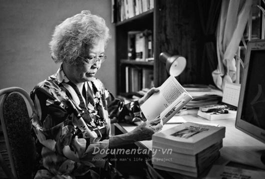 Nữ giáo sư đầu tiên của ngành ngôn ngữ học Việt Nam qua đời - Ảnh 1