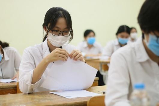 Đáp án, đề thi môn GDCD mã đề 310 tốt nghiệp THPT 2020 chuẩn nhất, chính xác nhất - Ảnh 2