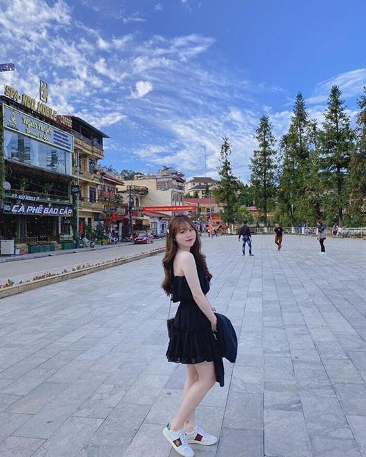 """Huỳnh Anh khoe dáng cực """"nuột"""" với bikini, ai còn dám chê bạn gái Quang Hải nữa? - Ảnh 2"""