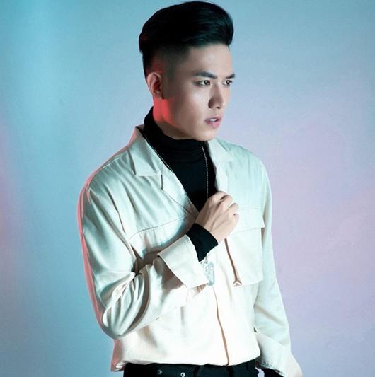 """Hé lộ về chàng ca sĩ điển trai sánh đôi bên DJ Mie, """"cân"""" mọi ca khúc ở Rap Việt - Ảnh 6"""