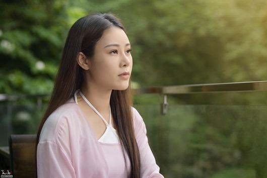 """Hoa Trần hái đỗ, bẻ măng hóa """"tiên nữ ở ẩn"""" trong MV cover nhạc phim """"Tây Du Ký"""" - Ảnh 2"""