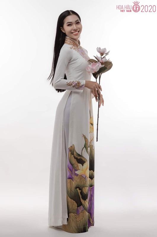 Nhan sắc ngọt ngào của người đẹp Khánh Hòa có vòng eo 56 thi Hoa hậu Việt Nam 2020 - Ảnh 2
