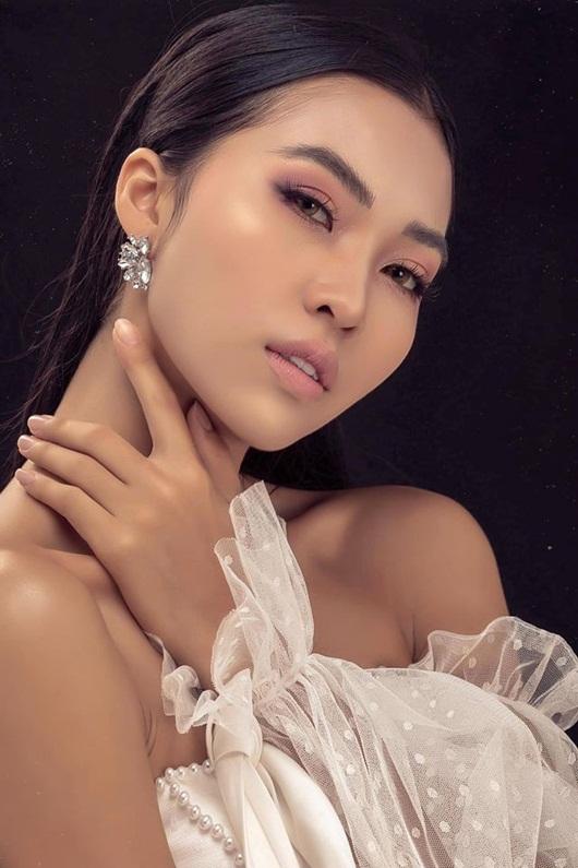 Nhan sắc ngọt ngào của người đẹp Khánh Hòa có vòng eo 56 thi Hoa hậu Việt Nam 2020 - Ảnh 4