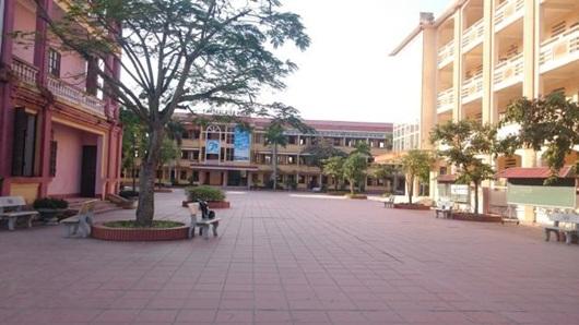 Bộ GD&ĐT lên tiếng vụ bảo vệ trường THPT ở Thái Bình đánh người giữa sân trường - Ảnh 1