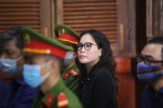 Bị cáo Lê Thị Thanh Thúy lý giải việc chuyển tiền cho ông Nguyễn Thành Tài - Ảnh 1