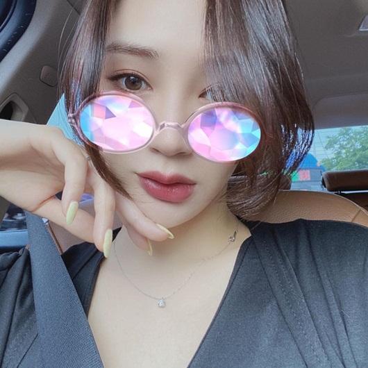"""Cận cảnh nhan sắc nàng hoa hậu """"ngậm thìa vàng"""", vướng tin đồn hẹn hò Lee Min Ho - Ảnh 6"""