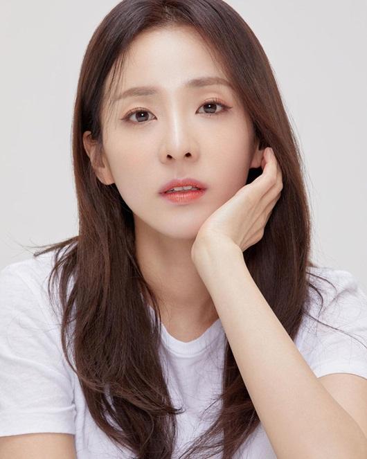 25 nữ idol đẹp nhất Kpop: Toàn cực phẩm nhưng vẫn gây tranh cãi dữ dội ở top đầu - Ảnh 8
