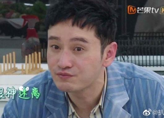 """Huỳnh Hiểu Minh khiến nữ MC bối rối vì gương mặt """"búng ra sữa"""" - Ảnh 6"""