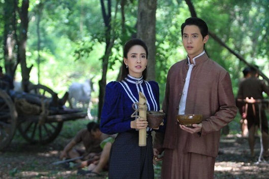 """""""Hoàng tử nụ cười"""" James Jirayu hội ngộ """"nữ thần rắn"""" Taew Natapohn trong dự án mới - Ảnh 3"""