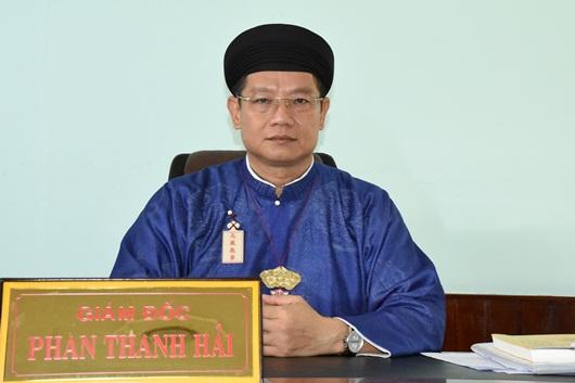 Chùm ảnh: Nam công chức ngành văn hóa Huế mặc áo dài truyền thống đến công sở - Ảnh 5